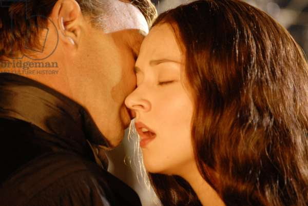 DRACULA 3D, from left: Thomas Kretschmann, Asia Argento, 2012. ©IFC/Courtesy Everett Collection