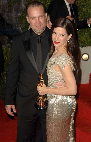 Sandra Bullock, Jesse James at arrivals for VANITY FAIR Oscar Party, Sunset Tower Hotel, Los Angeles, CA March 7, 2010. Photo By: Dee Cercone/Everett Collection