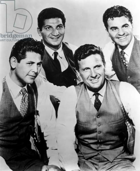 THE UNTOUCHABLES, (l-r): Abel Fernandez, Nicholas Georgiade, Robert Stack, Paul Picerni, 1959-63