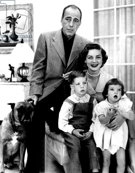 HUMPHREY BOGART, STEPHEN HUMPHREY BOGART, LAUREN BACALL and LESLIE BOGART, c. mid 1950s