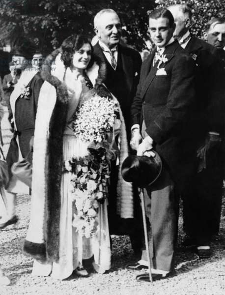 Wedding of Pola Negri, Serge Mdivani, May 14, 1927 (from left, Pola Negri, Gregory Mdivani, Serge Mdivani)