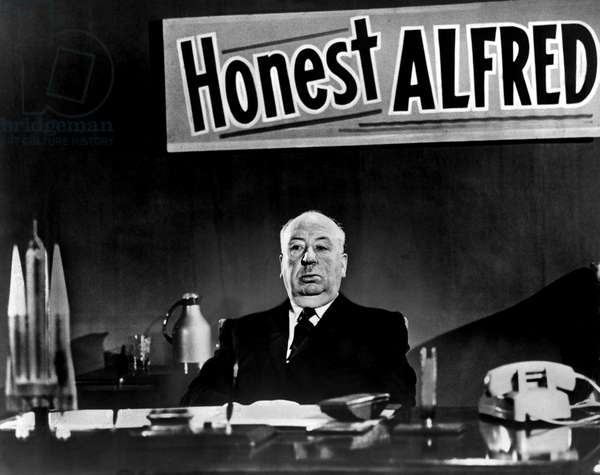 ALFRED HITCHCOCK PRESENTS, Alfred Hitchcock, 1955-1965, gag for the crew on the set in 1959