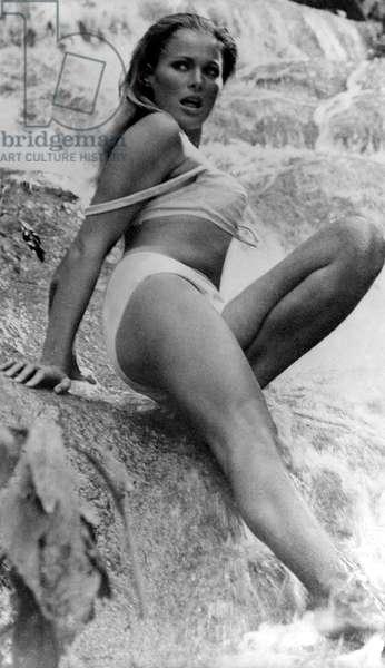 DR. NO, Ursula Andress, 1962.