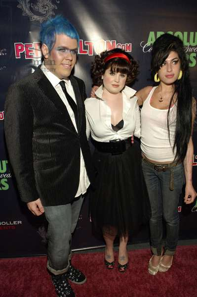 Perez Hilton, Kelly Osbourne et Amy Winehouse: Perez Hilton, Kelly Osbourne, Amy Winehouse at arrivals for The Queen's Birthday Ball for Perez Hilton, The Roxy in West Hollywood, Los Angeles, CA, March 23, 2007. Photo by: Jared Milgrim/Everett Collection