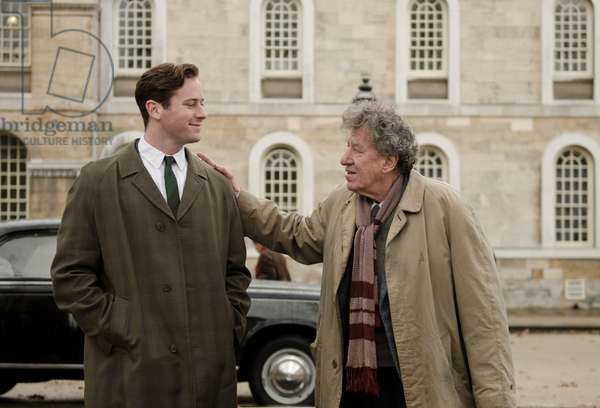 FINAL PORTRAIT, from left: Armie Hammer, Geoffrey Rush as Alberto Giacometti, 2017. ph: Parisa Taghizadeh / © Sony Pictures Classics / courtesy Everett Collection