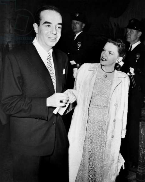 Judy Garland, right, and her second husband, Vincente Minnelli, at an Associated Press Editors' banquet, ca. late 1940s