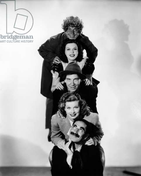 ROOM SERVICE, from top: Harpo Marx, Ann Miller, Chico Marx, Lucille Ball, Groucho Marx, 1938 roomservice-fsct02(roomservice-fsct02)