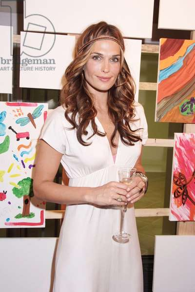 Molly Sims in attendance for Champagne Perrier-Jouet Summer Evening Party, The Estate, Sag Harbor, NY, August 18, 2007. Photo by: Rob Rich/Everett Collection
