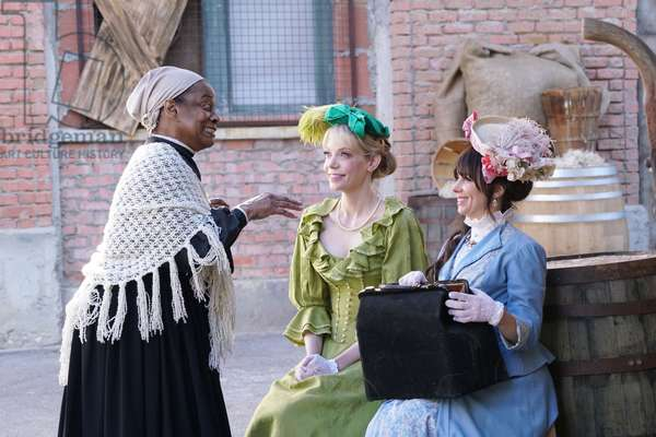 ANOTHER PERIOD, l-r: Bebe Drake (as Harriet Tubman), Riki Lindhome, Natasha Leggero in 'Tubman' (Season 2, Episode 1, aired June 15, 2016). ph: Danny Feld/©Comedy Central/courtesy Everett Collection