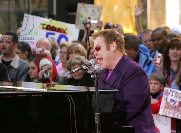 Elton John on location for NBC Today Show Concert with Elton John, Rockefeller Center, New York, NY, April 24, 2006. Photo by: Dima Gavrysh/Everett Collection