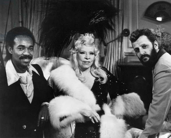 SEXTETTE, Van McCoy, Mae West, Ringo Starr, 1978, (c) Crown International Pictures / Courtesy: Everett Collection