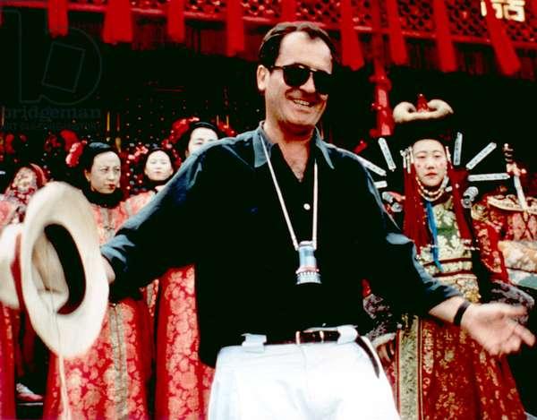 THE LAST EMPEROR, director Bernardo Bertolucci on set, 1987, (c) Columbia/courtesy Everett Collection