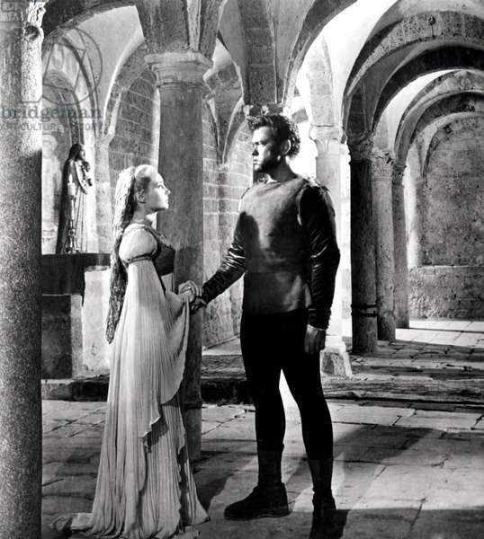 THE TRAGEDY OF OTHELLO: THE MOOR OF VENICE, Suzanne Cloutier, Orson Welles, 1952