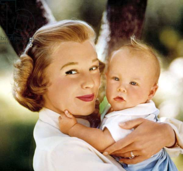 JUNE ALLYSON with baby son RICHARD POWELL, JR., early 1950s