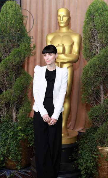 Rooney Mara (wearing a Thierry Mugler blazer and Asos pants) at a public appearance for The 84th Academy Awards Nominees Luncheon, Beverly Hilton Hotel, Beverly Hills, CA February 6, 2012. Photo By: Jef Hernandez/Everett Collection