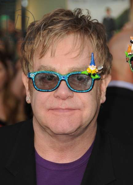 Elton John: Elton John at arrivals for GNOMEO AND JULIET Premiere, El Capitan Theatre, Los Angeles, CA January 23, 2011. Photo By: Dee Cercone/Everett Collection
