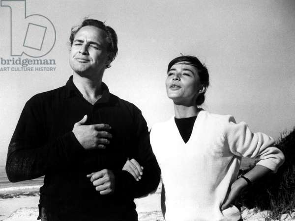 Marlon Brando hamming it up at the beach with Pina Pellicer on the set of ONE-EYED JACKS, 1961