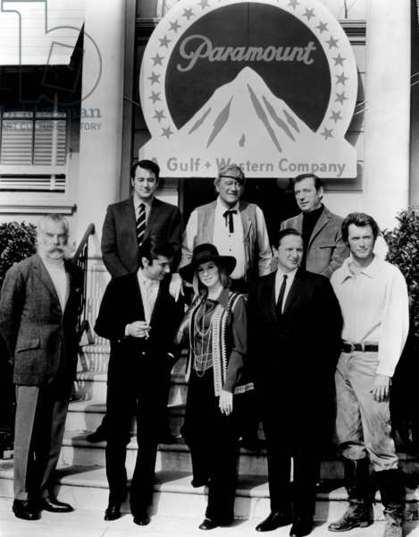 Melinda: ON A CLEAR DAY YOU CAN SEE FOREVER, Barbra Streisand, Yves Montand, greeted at Paramount, (front) Lee Marvin, Robert Evans, Barbra Streisand, Bernard Donnenfeld, Clint Eastwood, (back), Rock Hudson, John Wayne, Yves Montand, 1970