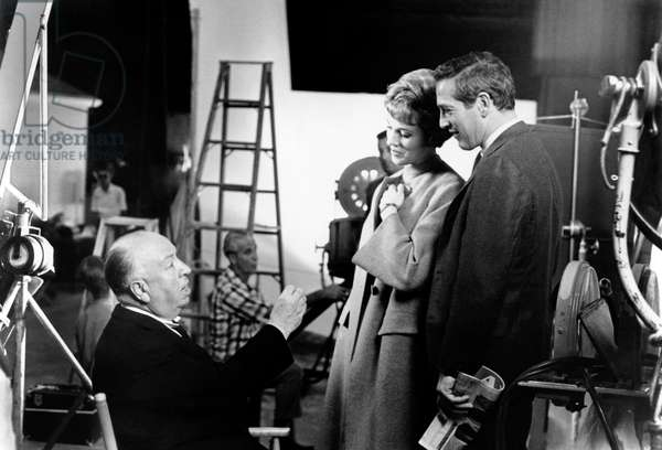Alfred Hitchcock, Julie Andrews, Paul Newman: TORN CURTAIN, from left, director Alfred Hitchcock, Julie Andrews, Paul Newman, on-set, 1966