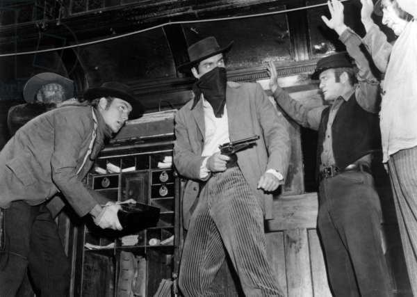 Le Brigand bien aime: THE TRUE STORY OF JESSE JAMES, Robert Wagner, Jeffrey Hunter, 1957. TM and Copyright © 20th Century Fox Film Corp. All rights reserved. Courtesy: Everett Collection.