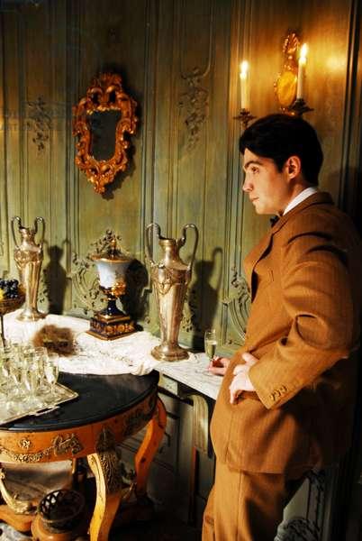 LITTLE ASHES, Javier Beltran as Federico Garcia Lorca, 2008. ©Regent Releasing/courtesy Everett Collection
