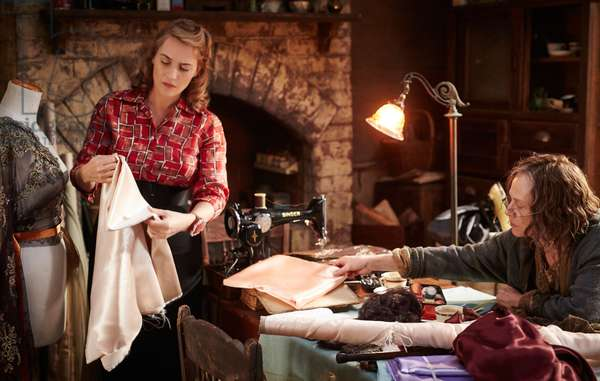 THE DRESSMAKER, from left: Kate Winslet, Judy Davis, 2015. ph: Ben King / © Broad Green Pictures / courtesy Everett Collection