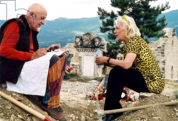 LE PRESTIGE DE LA MORT, Luc Moullet, Bernadette Lafont, 2006. ©Gemini Films/courtesy Everett Collection