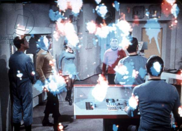 STAR TREK, James Doohan (center), 1966-69, episode: 'The Lights of Zetar', Season 3