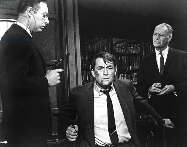 MIRAGE, George Kennedy, Gregory Peck, Leif Erickson, 1965, held at gunpoint