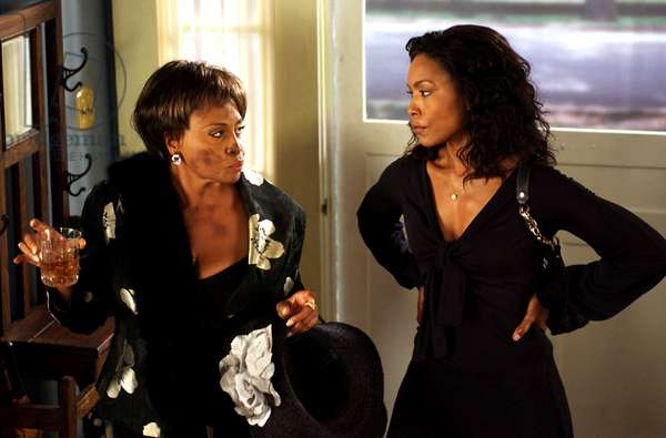 MEET THE BROWNS, Jenifer Lewis, Angela Bassett, 2008. ©LionsGate/Courtesy Everett Collection