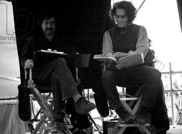 SWEENEY TODD: THE DEMON BARBER OF FLEET STREET, director Tim Burton, Johnny Depp, on set, 2007. ©DreamWorks/courtesy Everett Collection