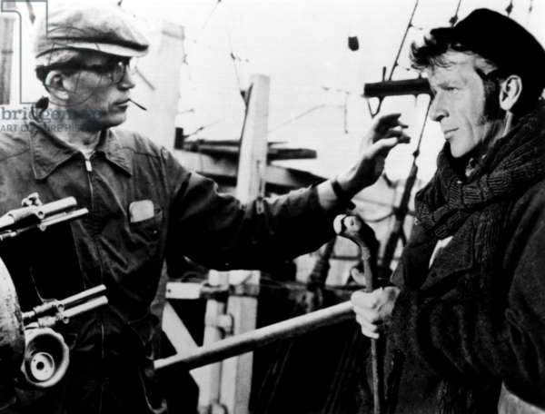 MOBY DICK, director John Huston, Richard Basehart, on-set, 1956