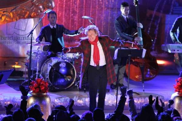 Rod Stewart in attendance for 80th Annual Rockefeller Center Christmas Tree Lighting, Rockefeller Center, New York, NY November 28, 2012. Photo By: Andres Otero/Everett Collection