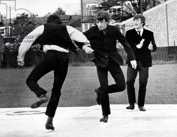 Quatre garcons dans le vent: A HARD DAY'S NIGHT, Paul McCartney, Ringo Starr, John Lennon, 1964