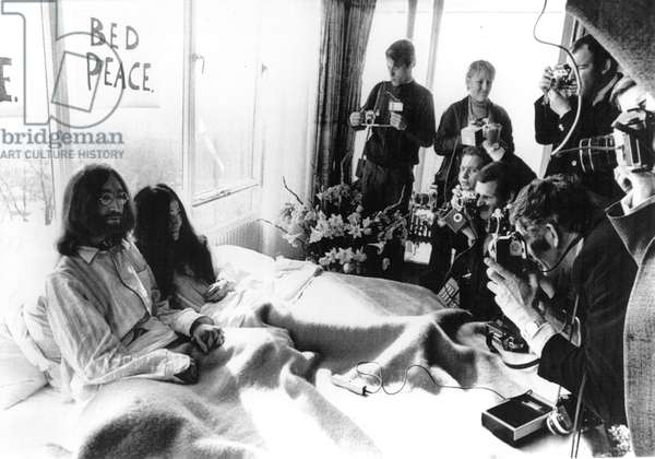 John Lennon & Yoko Ono on their honeymoon/anti-war protest in Amsterdam, 3/69