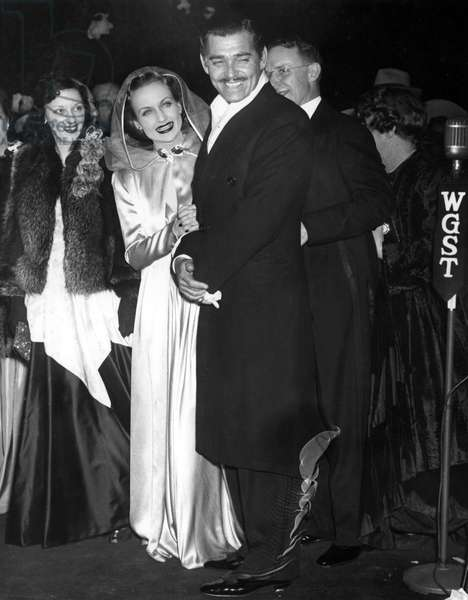Carole Lombard, Clark Gable arrive at the premiere of GONE WITH THE WIND in Atlanta, 12/17/39