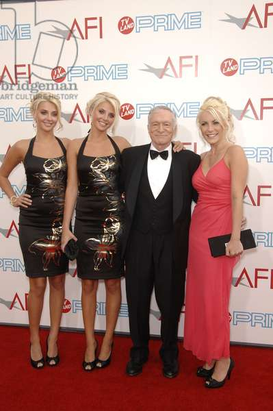 Hugh Hefner at arrivals for 37th AFI Life Achievement Award and Tribute to Michael Douglas, Sony Studios, Culver City, CA June 11, 2009. Photo By: Michael Germana/Everett Collection