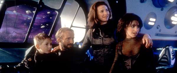 LOST IN SPACE, Jack Johnson, William Hurt, Mimi Rogers, Lacey Chabert, 1998