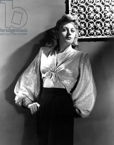 SHELLEY WINTERS, portrait, circa 1940s