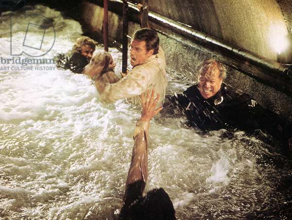 EARTHQUAKE, Charlton Heston, George Kennedy, 1974