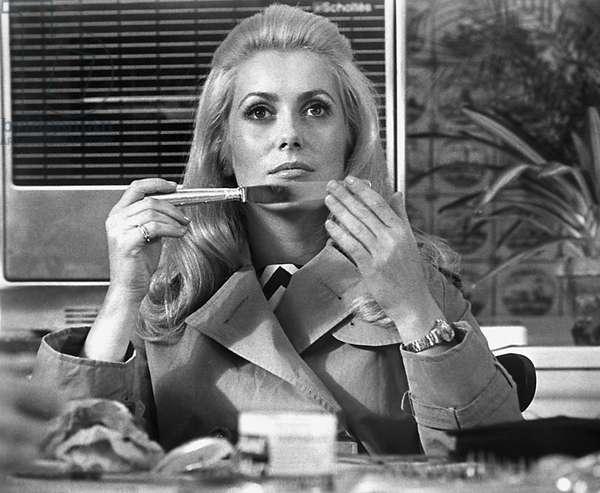 MISSISSIPPI MERMAID, (aka LA SIRENE DU MISSISSIPPI), Catherine Deneuve, 1969