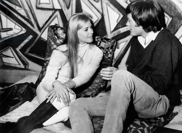 The Trip: THE TRIP, from left, Salli Sachse, Peter Fonda, 1967