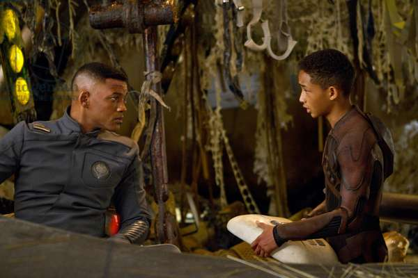 After Earth: AFTER EARTH, from left: Will Smith, Jaden Smith, 2013. ph: Alan Silfen/©Sony Pictures/courtesy Everett Collection