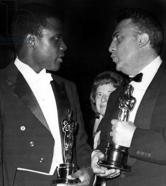 Sidney Portier with his Academy Award for LILIES OF THE FIELD and Federico Fellini with the Best Foreign Film Award for 8 1/2, 1964
