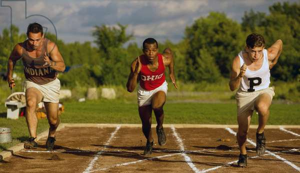 RACE, center: Stephan James as Jesse Owens, 2016. ph: Thibault Grabherr/©Focus Features/courtesy Everett Collection