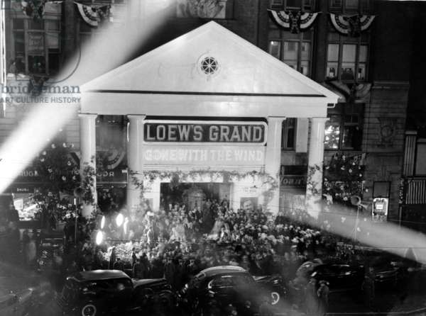 Loew's Theatre hosts the World Premiere of GONE WITH THE WIND, Atlanta, GA, 12-15-1939.