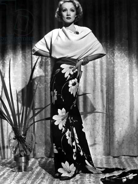 Marlene Dietrich, ca. 1935