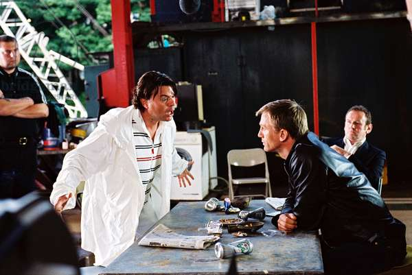 LAYER CAKE, Jamie Foreman, Daniel Craig, Colm Meaney, 2004, (c) Sony Pictures Classics/courtesy Everett Collection