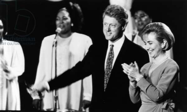 IN PERFORMANCE AT THE WHITE HOUSE, Bill Clinton, Hillary Clinton, 1998, (c)PBS/courtesy Everett Collection