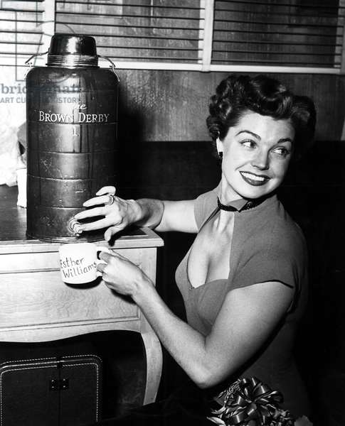 ESTHER WILLIAMS just before showtime on Lux Radio Theatre, performing